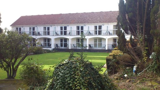 Buckatree Hall Hotel: Front of hotel