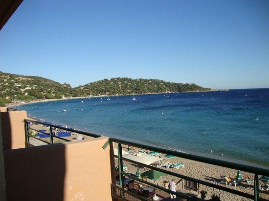 Hotel Ibersol Cavaliere Sur Plage : Ausblick vom Balkon links