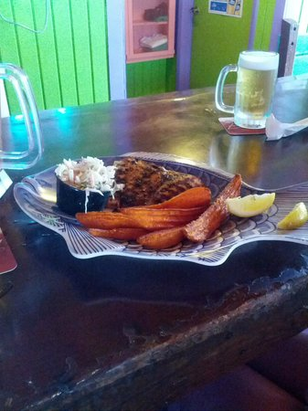 The Fish House : blackened grouper with sweet potato fries
