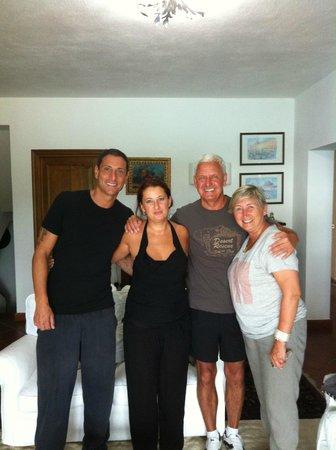 La Terrazza di Lilly : мы с нашими радушными хозяевами