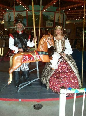 Story City, IA: The pirate and the princess!