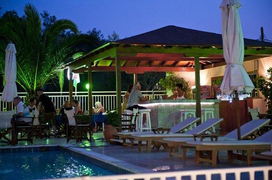 Christakis sports entertainment bar and taverna - Mobile bar taverna ...