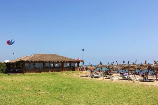 El Mouradi El Menzah: beach