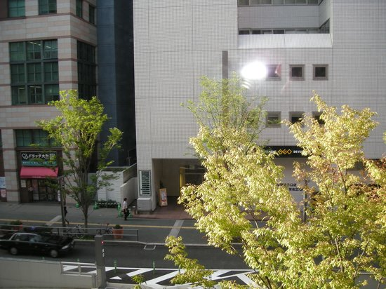 Dukes Hotel Hakata : View from our window