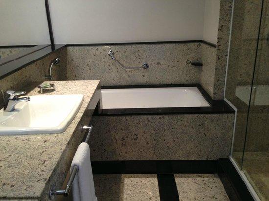 Pullman Sao Paulo Vila Olimpia Hotel: Suite Master