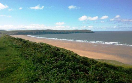 On coastal walk (77297442)