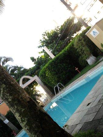 Guaruja Hostel: vista da piscina