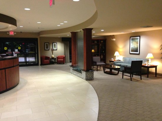 Comfort Suites Whitsett - Greensboro East : Another option to catch up on business without disturbing the other's sleep.