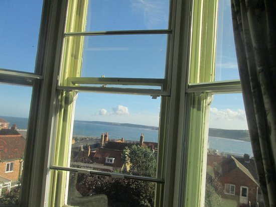 Tall Storeys Guest House: View over South Bay