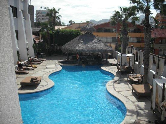 Bahia Hotel & Beach House: Room 236 View of Pool