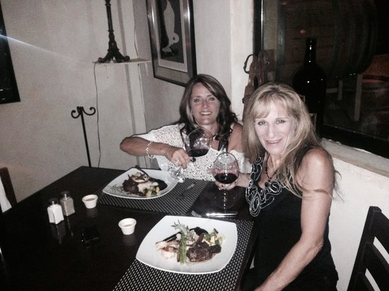 Cabo Winery Restaurant at Los Cabos Winery : 2 surf and turf was the best but would love to go back for albacore dish