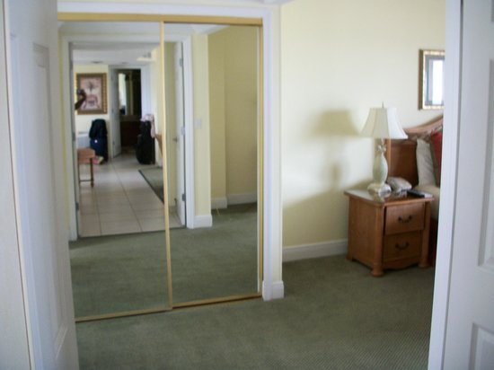Pointe Estero Beach Resort: Mirrored Closet Master Bedroom