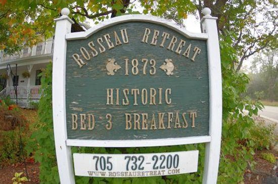 Rosseau Retreat B&B: Sign