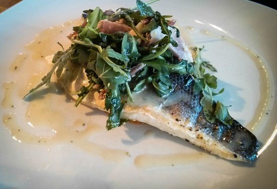 The River House : Sea bass