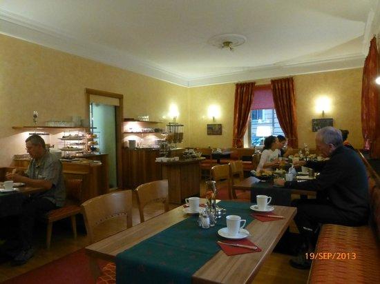 Hotel Mozart: salle à manger.