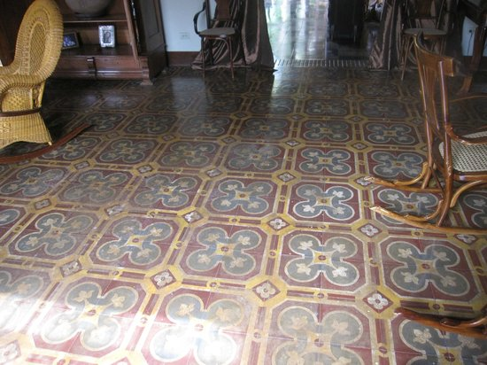 Hotel Casa Robleto: beautiful tile floor