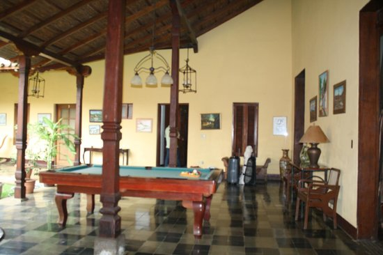 Hotel Casa Robleto: pool table