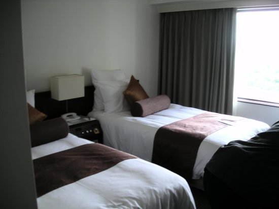 ANA Crowne Plaza Kobe: Beds