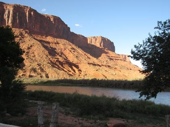 Red Cliffs Lodge: One view from our room