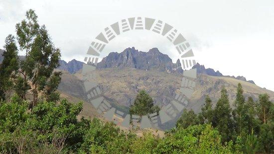 Aranwa Sacred Valley Hotel & Wellness: vista do apartamento para as montanhas