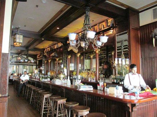 Old Ebbitt Grill: The bar