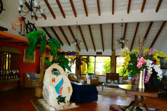 Hotel Villa Marina Suites: Recepcion