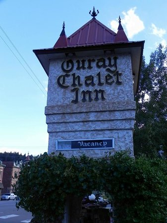 Ouray Chalet Inn: Sign