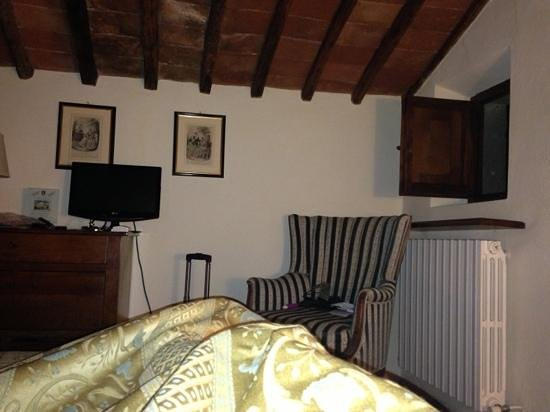 Relais Vignale: view from my pillow