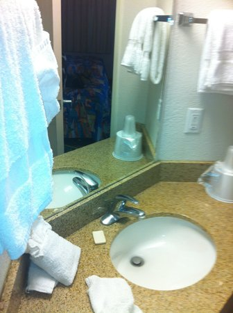 Motel 6 Knoxville: 3