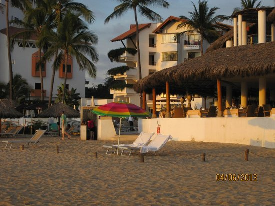 Buenaventura Grand Hotel & Great Moments All Inclusive: View of hotel from the beach area.