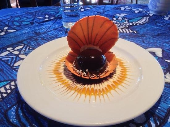 Mama's Fish House: chocolate mouse