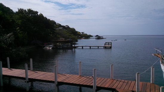 Castaways Cove: Looking to the left from the porch