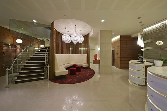 Novotel Christchurch Cathedral Square Hotel