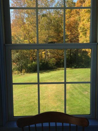 High Hill Inn: Fall View from MountainView Queen Room