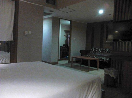 Treva International Hotel: Big