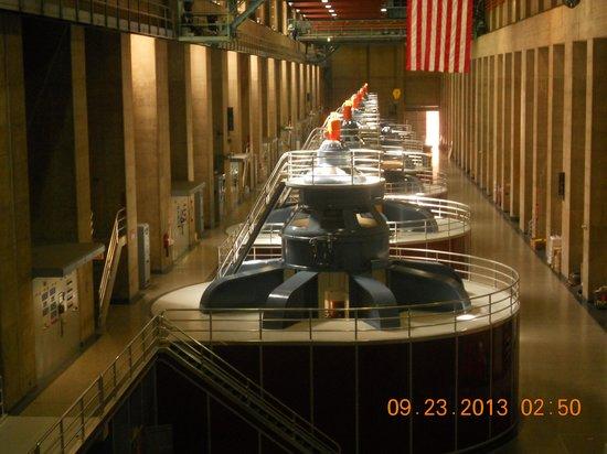 Hoover Dam: Generators