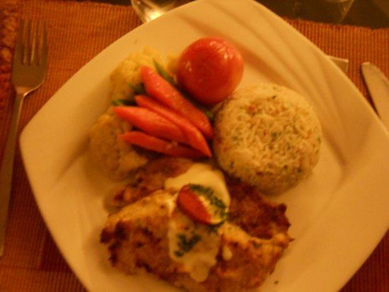 Waterfront Resort Hotel: nice food