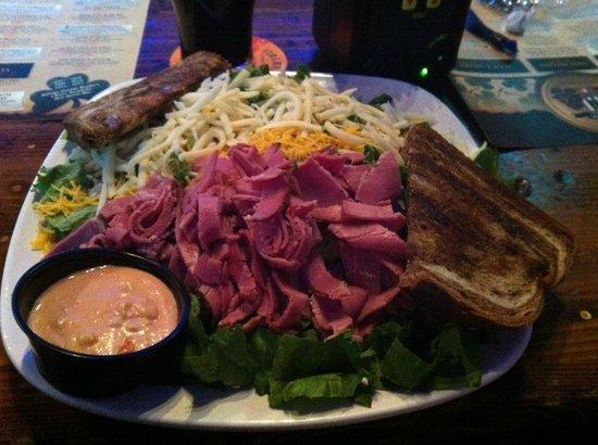 Hooligan's Sports Bar: Cork Salad