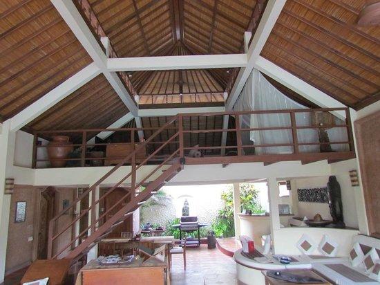 Dyana Villas: Loft