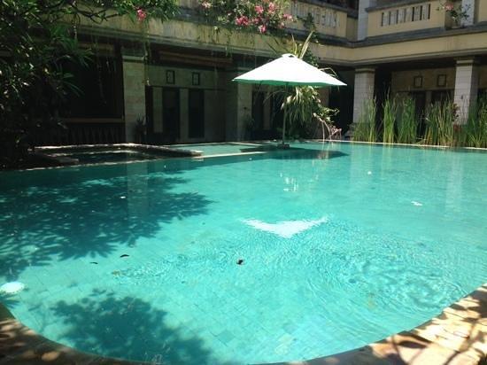 Mamo Hotel: pool