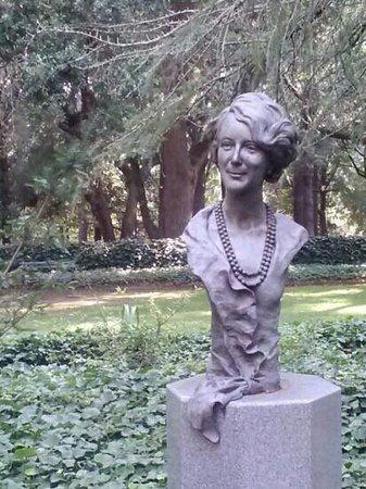 Hopelands Gardens: Founder and patron of the gardens