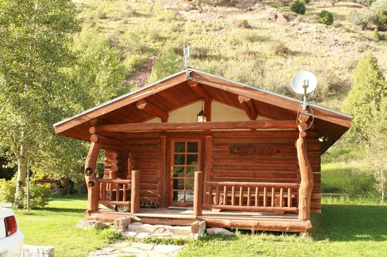 The Old Mill Log Cabins: Our Cabin, The Lodgepole