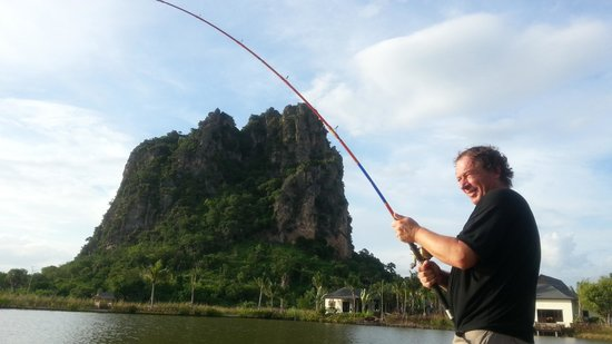 Jurassic Mountain Resort & Fishing Park: Difficult to find a better environment