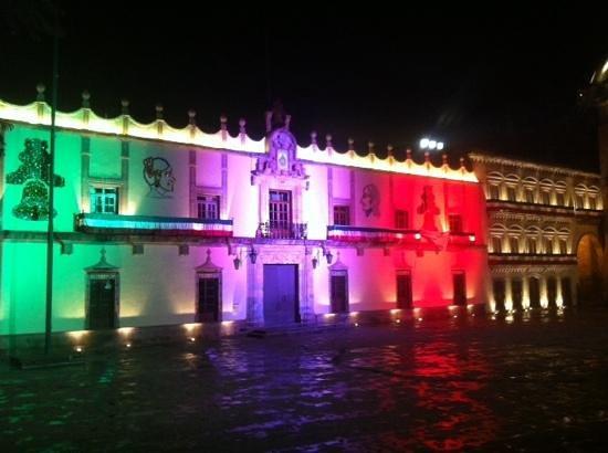 Plaza de Armas : mes patrio