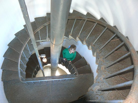 Point Arena Lighthouse & Museum : 145 step staircase