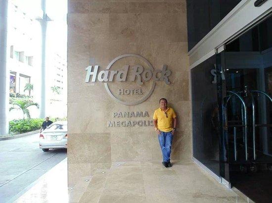 Hard Rock Hotel Panama Megapolis: desde la entrada te sientes super