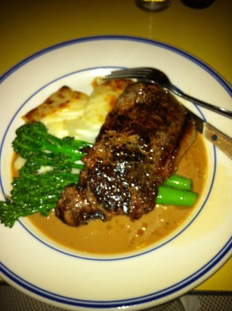 Bowery Bar and Grill: NY strip steak