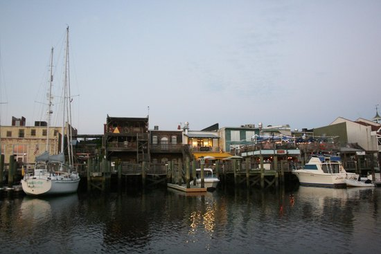 Rover Boat Tours - Carolina Rover: Georgetown riverfront (ironically most of these buildings burned down two weeks later.