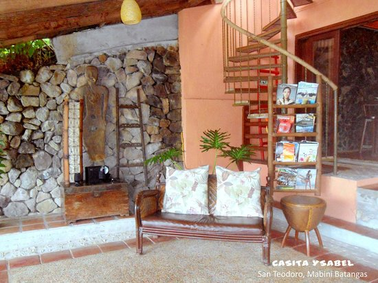 Casita Ysabel: Lobby Area