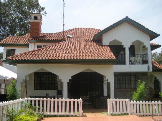 Sandavy Guest House - Kilimani: Sandavy Lavington Front view